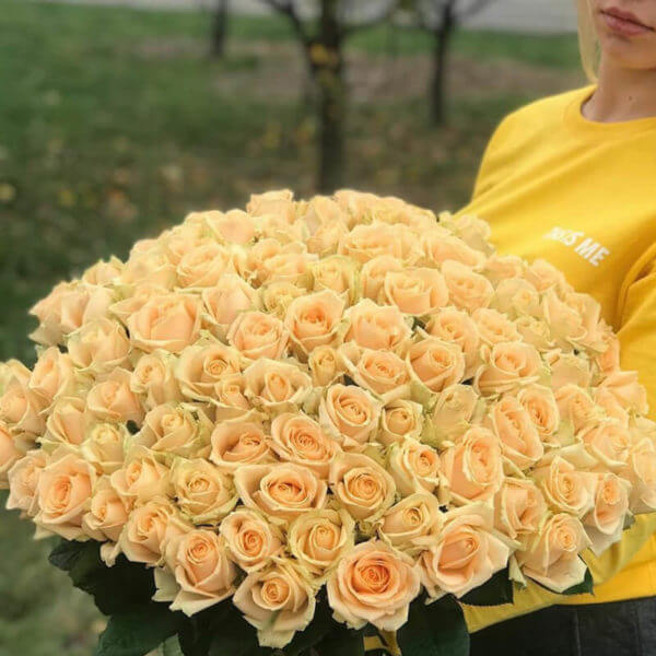 букет 101 роза москва