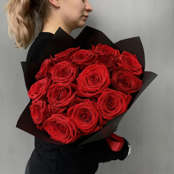 Доставка роз в Москве