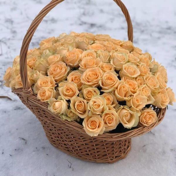 корзина роз с доставкой