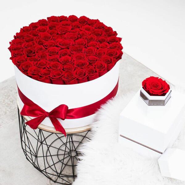 шляпная коробка 101 роза