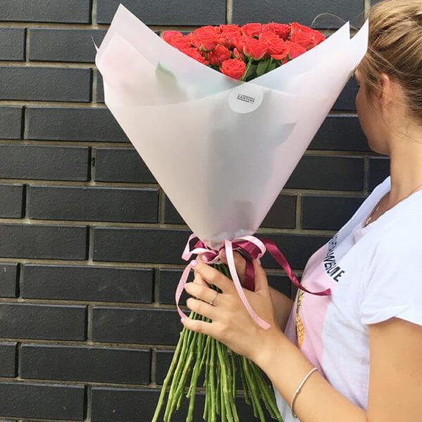 заказать красные розы