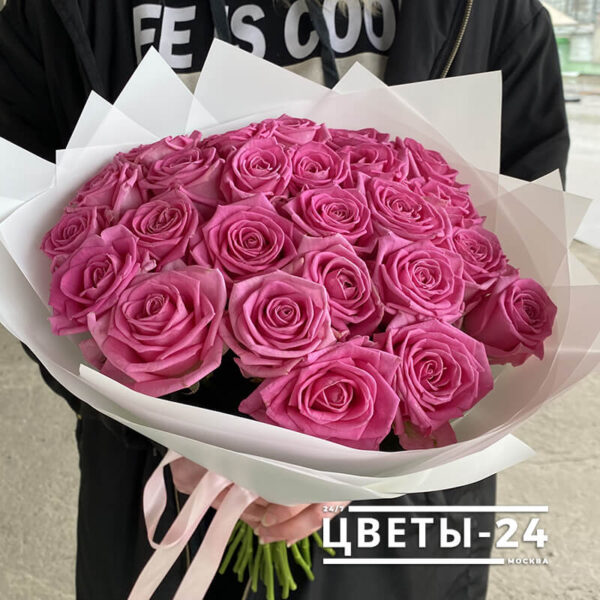 25 роз Москва купить