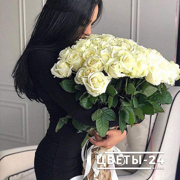 51 роза недорого москва