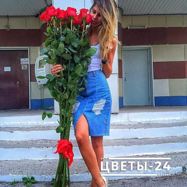 доставка длинных роз