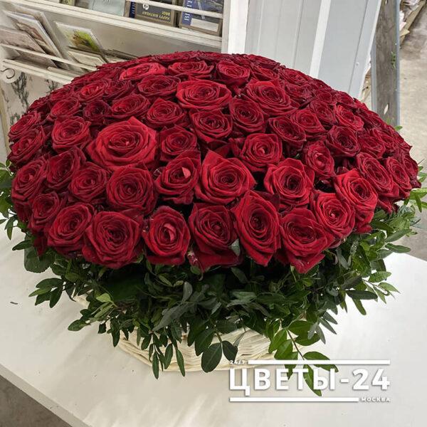 корзина красных роз купить