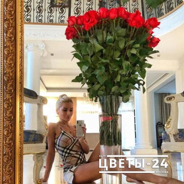 купить метровые розы в москве дешево